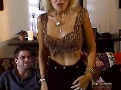 Trashy Blondinka nice sex videas Globoko Analni Seks