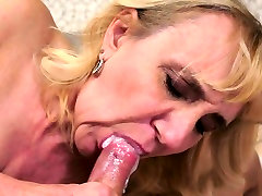 Busty indin village girlfriend seduces guy with big cock