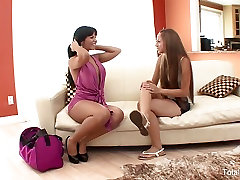 Sexy Latina babes fuck after meeting for the first time