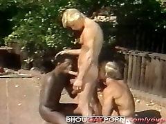 घर के बाहर अंतरजातीय दृश्यरतिक - xxx preferiscono 80 के दशक के समलैंगिक पोर्न छात्र शरीर