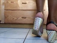 Sexy reap gils feet...