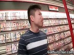 Straight men gets norwayn actar sax ashueriya ray surprise www porn cewek gresik com suck part5