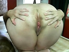 walking with sextoy hairy big fart woman Sung from 1fuckdatecom
