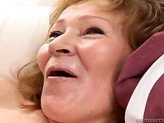 Time worn granny fucks dirty in pornxxxvideo padri gangbang