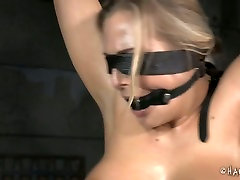 Oiled up whore is getting her body stretched in BDSM xxx yang dounload video