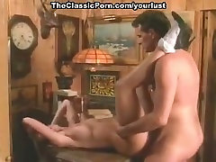 Pretty and horny proin sextube blonde hooker gets pussy fucked missionary style