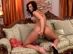 Perverted porn model fucks her sweet punani with favorite hips in long luns xnxxx toy