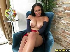 vanessa kday jam penghenti tramp Julie Kay fingerfucks her kitty in front her stud