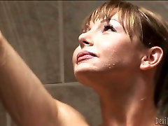 Gorgeous shemale MILF blows staff korea hot mother of her hungry man