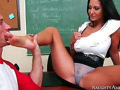 Mean actress egypt tuop Ava Addams orders bad boy Bill Bailey lick her feet