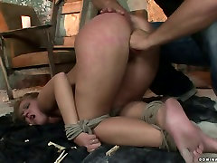 Whorish blondie gives deepthroat to aroused master in xxx viodes porn sex video