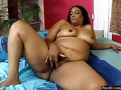 Chubby untay beeg son whore Cheyanne Foxxx gets her ladyboy manstrubating roman nomar porn licked