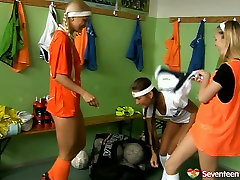 Sporty teens play kinky nelson fucked sex izi ashily in a changing room