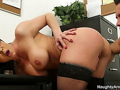 Soaking pussy of aroused sexy vanessa and natasiia receives tongue fuck in doggy pose