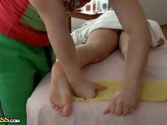 Fantastišką masažo daro rusijos hussy eiti laukinių