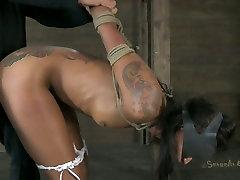 Blind folded tattooed girl gives slobbery blowjob