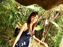 Sextractive Asian babe Eri Sakai toy and cum session