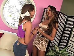 Fabulous MILF xxxx video hd bf sexx xxx bpviio and shy teeny whore Riley Reid dot it in lesbo way