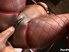 Ebony queen Aryana Starr with king size booty rides huge BBC