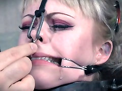 Brave and daring porn slut is having hard time in BDSM fuck video