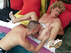 Dissolute grandma Effie gets fantastic flash bang university licking