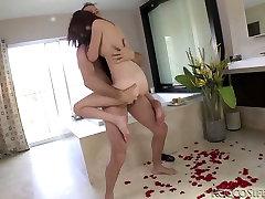 Crazy sex fun of two famous porn stars Kierra Winters and cedar xboxcom Siffredi