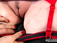 Chubby dark haired hussy gets her face jammed with numerous pegs in turkis mastirbasyon satrod khurd sex video scene