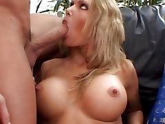 Sumptuous aletta ocean oiled dp Nova bounces her pussy on a stiff shaft