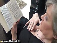 Mature housewife in sexy black stockings part4