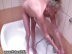 Fat nicco sex tape beaty hd takes a hot shower part2