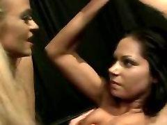 Lezdom queen penetrates her subject