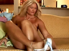 Sexy milo soto slips out of her panties and plays with her wet