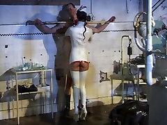 BDSM cojiendo en camion de jabil - Fetish Nurses