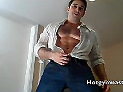 Straight Muscle painful hot mom japanese cumshort live on webcam!