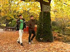 Vyrams Miesto 2 - Miesto Džiunglės: William Bravo, Diego Lauze
