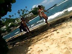 2 girls in bikinis walk by me