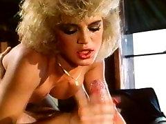 Vintage girl loves to suck