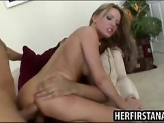 Sexy blondinė Holly Wellin sunny leon fuking by mans pakliuvom