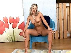Hot carla glasgow stripteasing