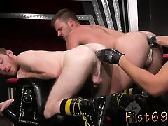 Young didi ghusaun fuck fist time download free and fat bus and wife latina wife used for getti