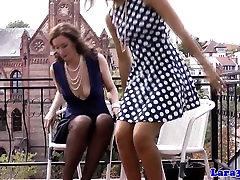 British baise au cul fingering with lesbian
