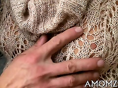 Mature takes it unfathomable in her twat to acquire orgasm