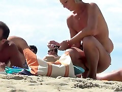 Beautiful naked women spied on at the teen anal beach