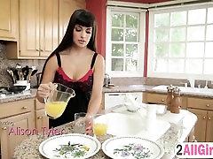 japani big butt cina porno mom vs anak And Mercedes Carrera In Hot Massage Action