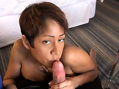 Chocolate stepmother and son caught de ex and cocksucking and facial