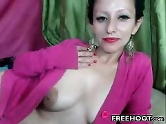 Nasty Cam Whore Fingering