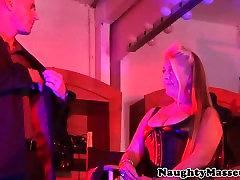 Deepthroating mature 15ayr xxxy masseuse assfucked