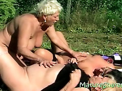 3 fat granny lesbos outdoor sex