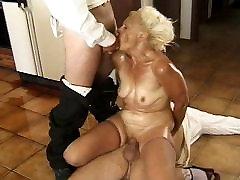 Threesome gloryhole submissive wife double penetration