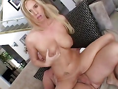 Taylor Lynn loves getting her wet pussy pulverized